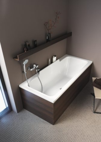 Duravit DuraStyle bathtub on show at our Chesterfield & Nottingham Bathroom Centres