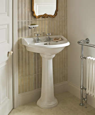 Heritage Dorchester pedestal basin on display at Grantham & Chesterfield