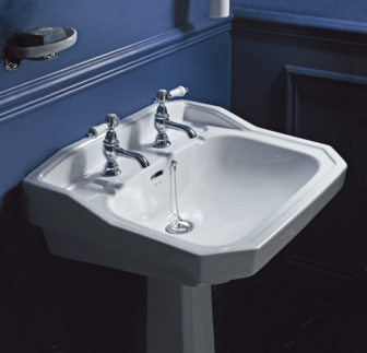 Heritage Granley pedestal basin on display at Derby, Grantham & Chesterfield